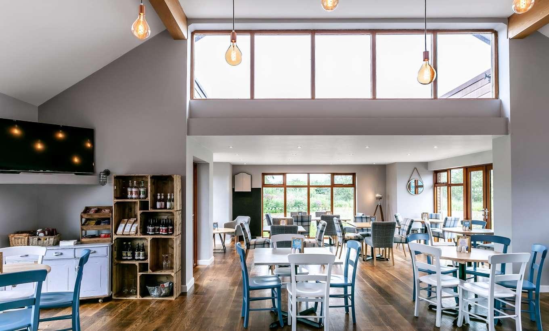 Tattenhall Boathouse Café Bar 12 Min