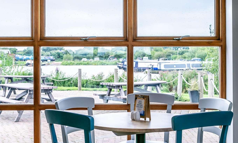 Tattenhall Boathouse Café Bar 14 Min