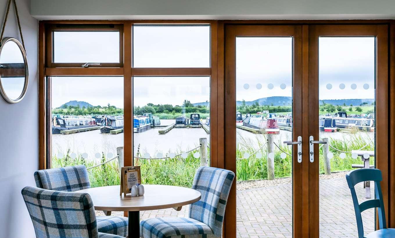 Tattenhall Boathouse Café Bar 5 Min