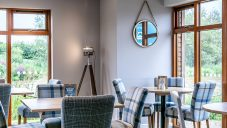 Tattenhall Boathouse Café Bar 10 Min